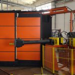 macchina per stampaggio rotazionale braccio dritto porte motoriduttori